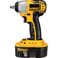 FREE SHIPPING — DEWALT Heavy-Duty Cordless Impact Wrench Kit — 18V, 3/8in., Model# DC823KA
