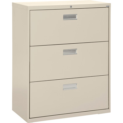 Sandusky Lee 600 Series 3-Drawer Lateral File Cabinet — Putty, 36in.W x 19 1/4in.D x 40 7/8in.H., Model# LF6A363-07